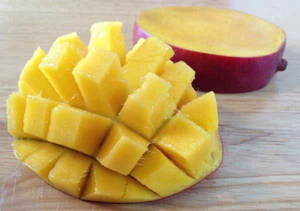 Как красиво разрезать манго